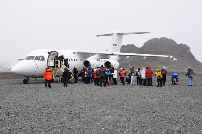 Antarctica by Air, the BAE 146-200, the plane we fly to Antarctica - www.fsexpeditions.com